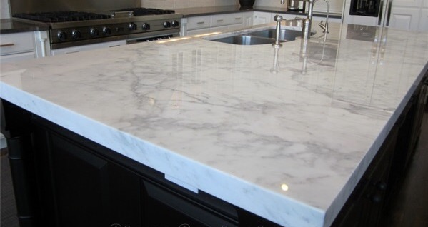 Quartz-Granite-or-Marble-Countertops